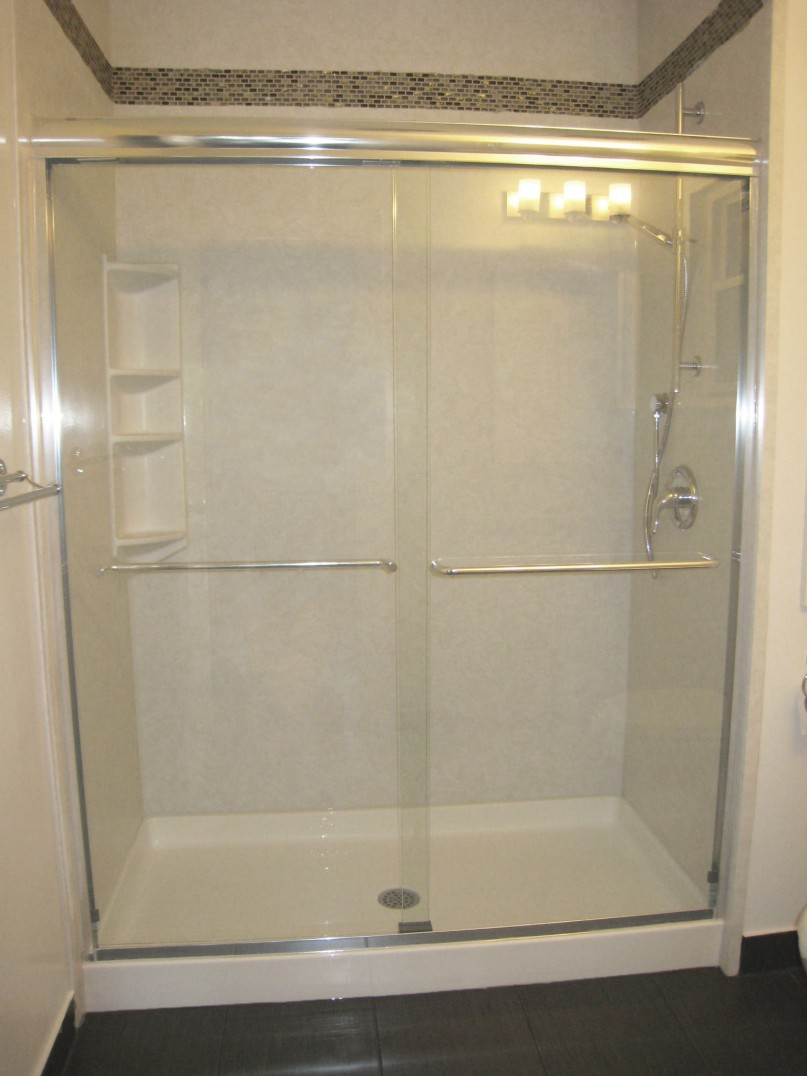 Acrylic wall with ceramic tile border bath liners plus for Acrylic tub liner